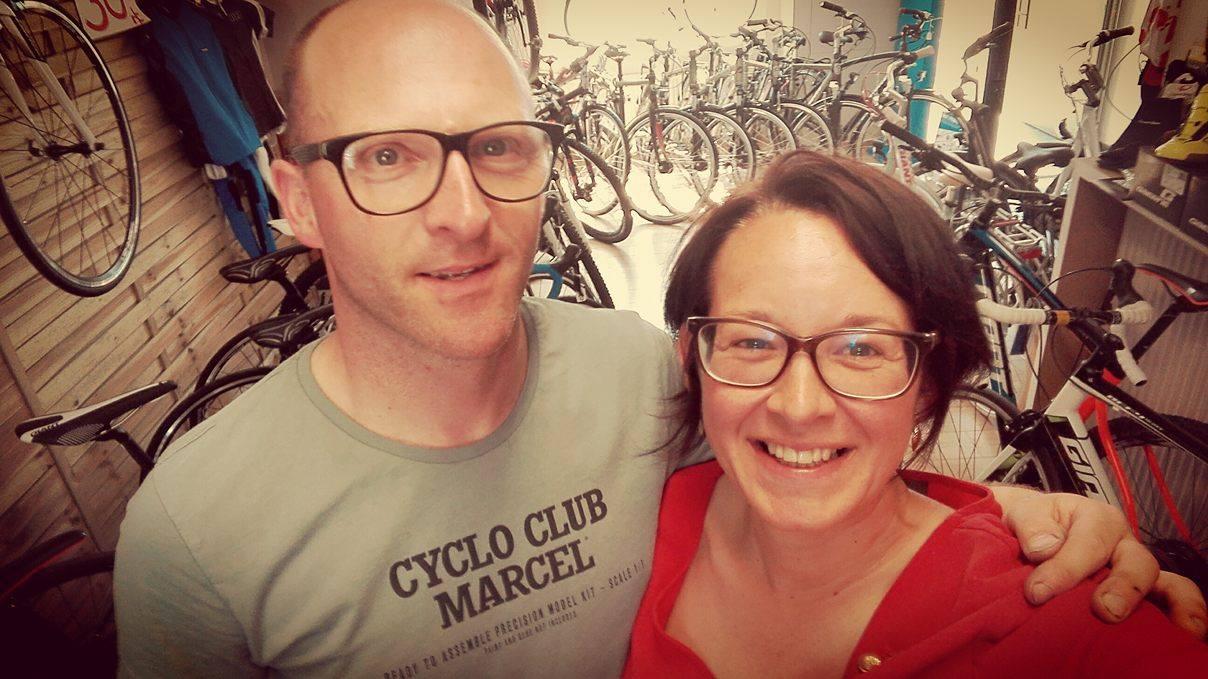 Tommie en Evelien van Tommies Velodroom, fietsenwinkel Ieper